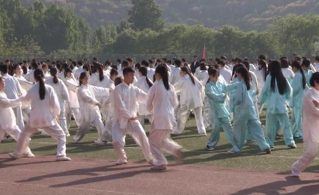 姜颖劳动关系学院