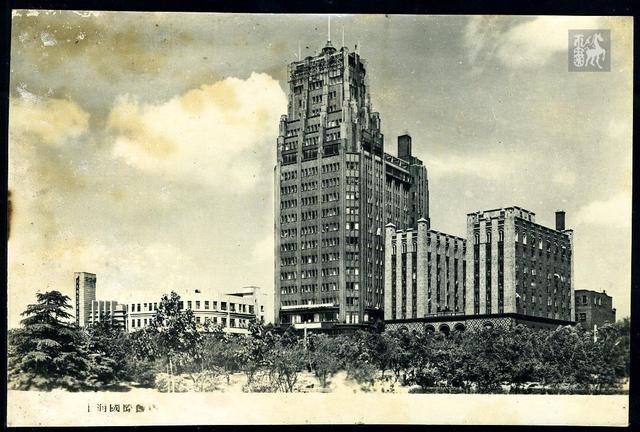 上海利园国际大酒店请问一下你们酒店三人房的确是三张床吗?
