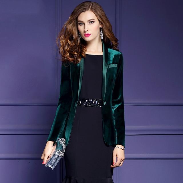 冬天穿衣别太老土,复古连衣裙搭配短靴,上身让你优雅好气质