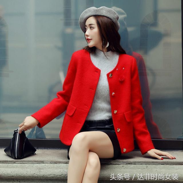 短款毛呢外套怎么搭配好看 小个子如何搭配短款毛呢外... _买购网