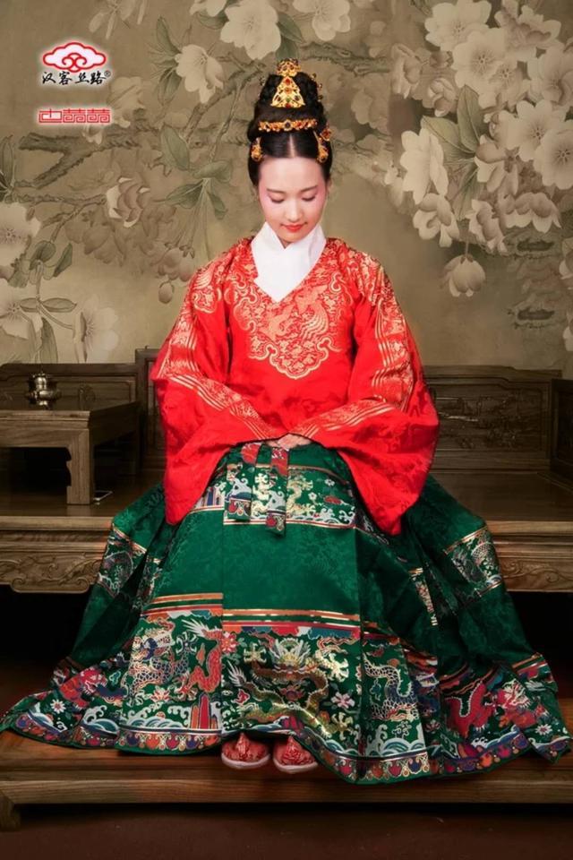 史上最全的汉服穿衣秘籍:教你如何根据身形选汉服,量身打造