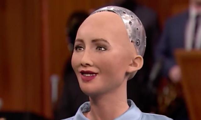 人工智能机器人索菲亚:我是机器人,但有创造力、同理心和同情心