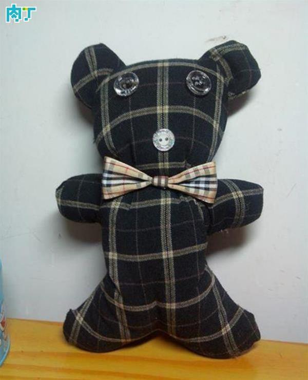 DIY旧物改造旧衣服做玩偶小熊的方法图解