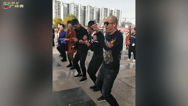 跳广场舞真实图片