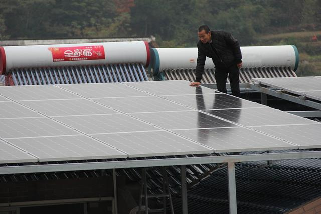 kw太陽能板發電量