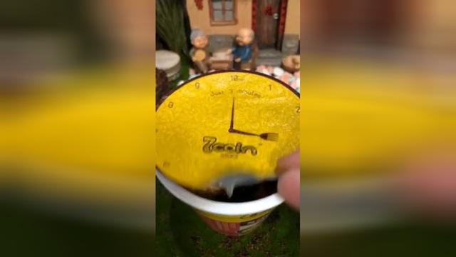 迷你厨房:想想都酸爽,要不要一起来吃柠檬汁泡面。