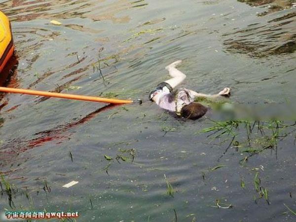 还死者一份尊重!泰国游船翻沉事故最后一具遇难者遗体完成打捞
