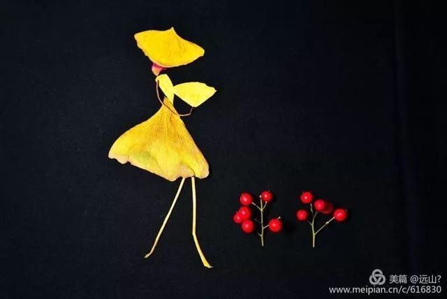 成都一小区惊现银杏叶创意画作 栩栩如生太有爱