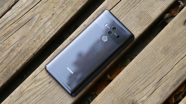 华为公司mate10价钱下挫太快,让iphone8难堪无比!