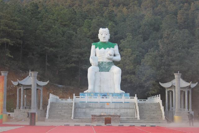 """河南泌阳盘古山获""""最佳人文旅游圣地""""称号"""