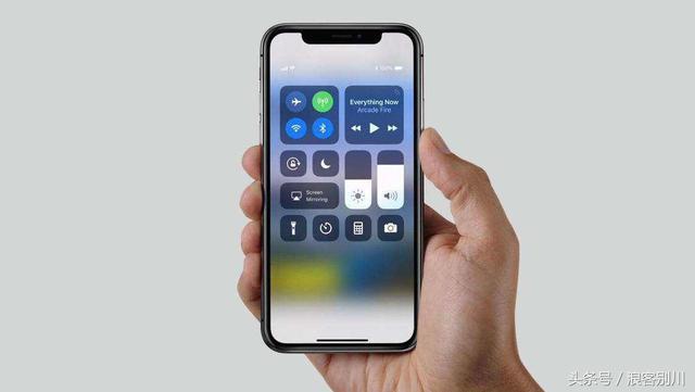 苹果x屏幕失灵乱跳乱点,iphone触屏失灵怎么办?_青青岛社区