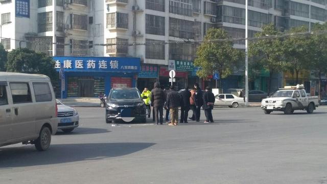 桂林八里街发廊频