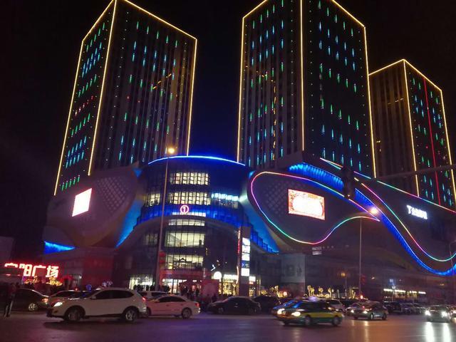 宁夏银川夜景图