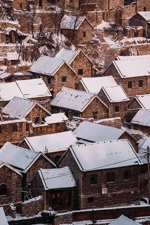 冬天淄博街头图
