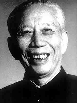 王震问女战士名字,结果出现同一个字令他很感慨,最后赋诗一首!