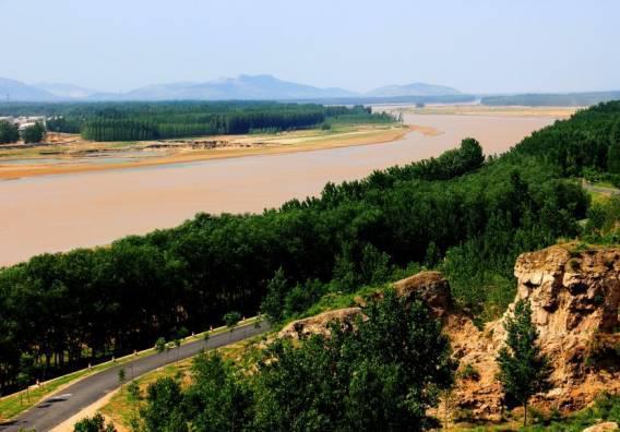东阿黄河打捞落水者