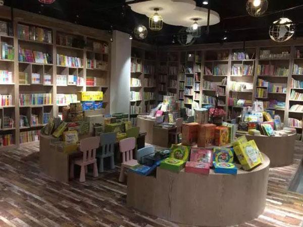 论销售贡献,金位名不虚传——7位书店负责人深谈黄金展位陈列实操