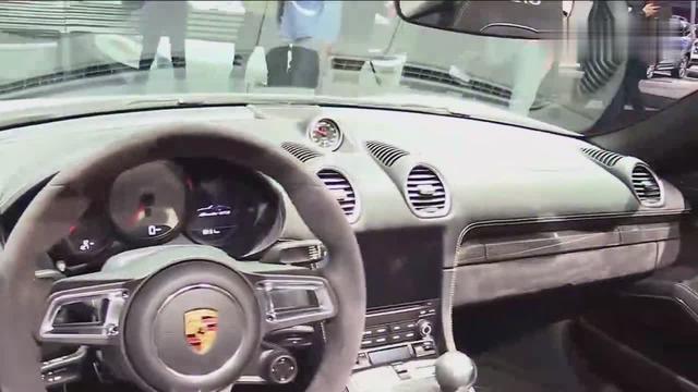 没有男人能拒绝这车的诱惑,全新保时捷911 Carrera 4S敞篷版
