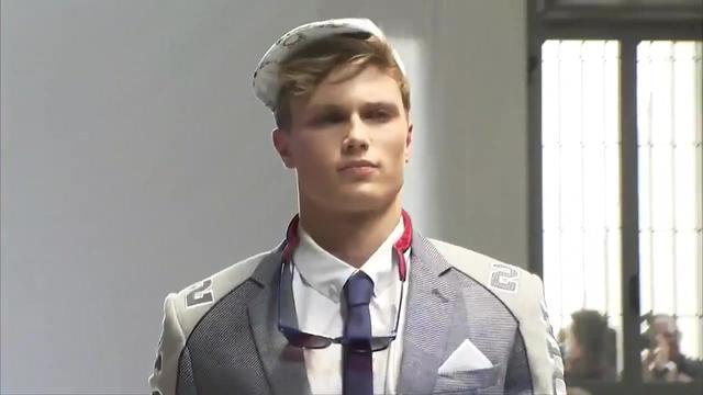 2017男装秋冬新款翻领毛呢外套男中长款修身呢子大衣男士风衣