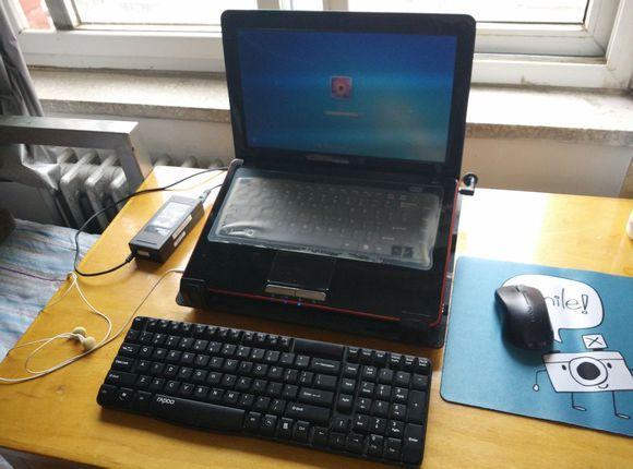 电脑可以装两个硬盘吗,四年笔记本换新,神舟Z7可以装两个2.5寸硬盘,做了个双系统
