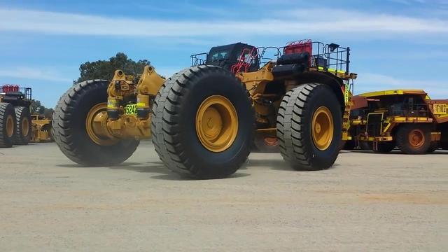 cat793矿用卡车