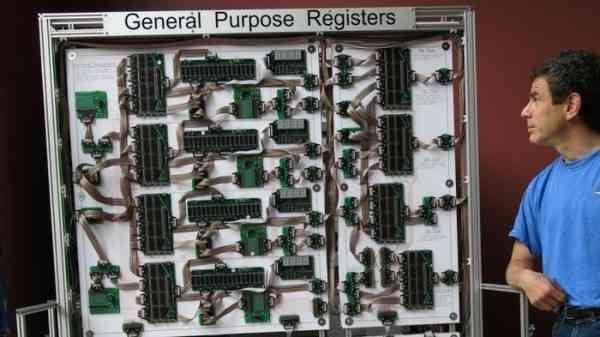电脑的构造,想了解电脑内部构造?做个巨型处理器不错