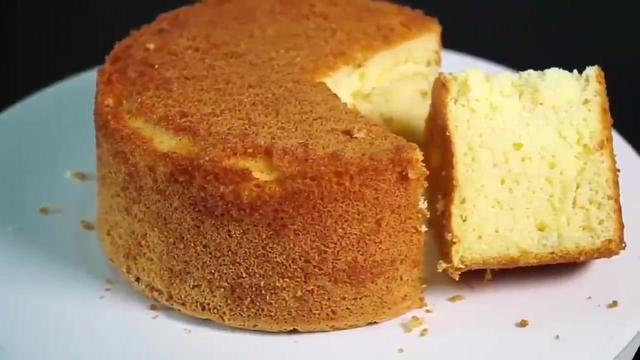 教你簡單蛋糕制作方法,色澤金黃口感松軟,吃一口就上癮!