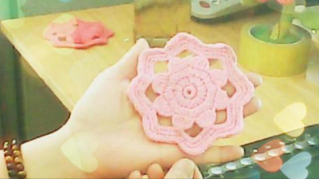 燕子爱手工:编织花一样的茶杯垫儿