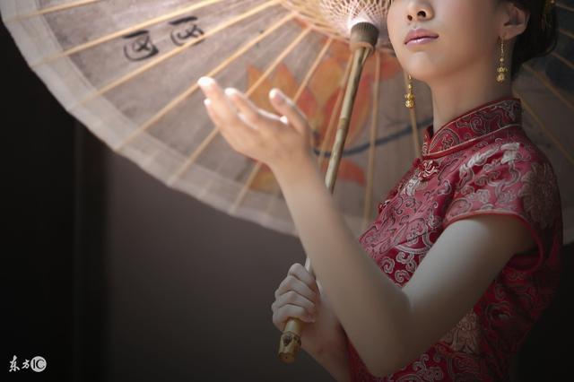 综漫恋爱攻略小说,小说:古代大小姐遇上日漫忠心执事,综漫世界她被宠成小公主