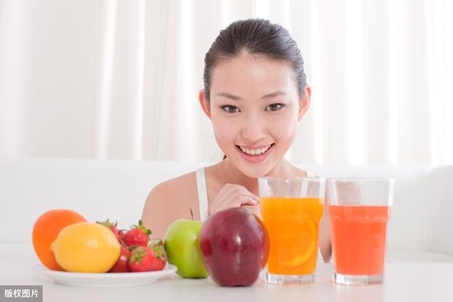 夏季怎么补充维生素C??维生素C具有的3大美容功效,效果看得见