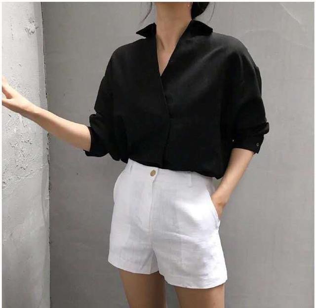 """別傻了,以為穿""""極簡風""""就高級? 不懂它的穿搭門道,很難穿好看"""