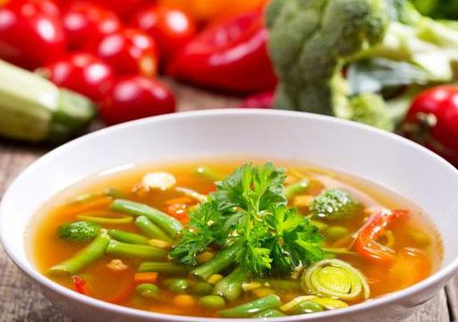 """10道简单且容易上手的""""蔬菜汤"""",夏季多喝它排毒养颜,美容护肤"""