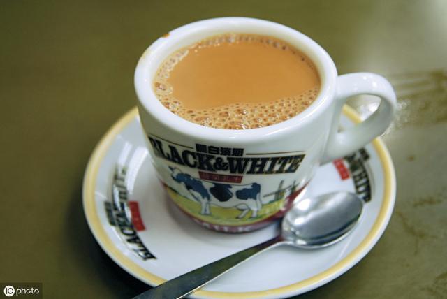 40万加盟红火奶茶店,3个多月就闭店,加盟赚钱靠不靠谱?