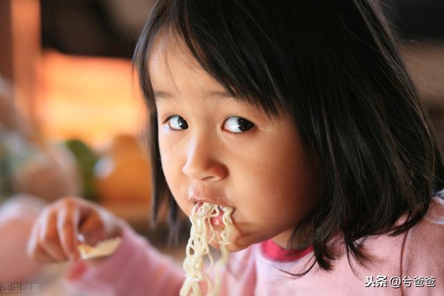 7个步骤,让3岁孩子爱上吃饭、洗澡、刷牙、阅读和睡觉