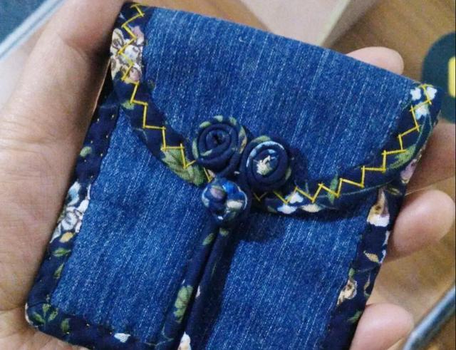 旧牛仔裤改造围裙步骤