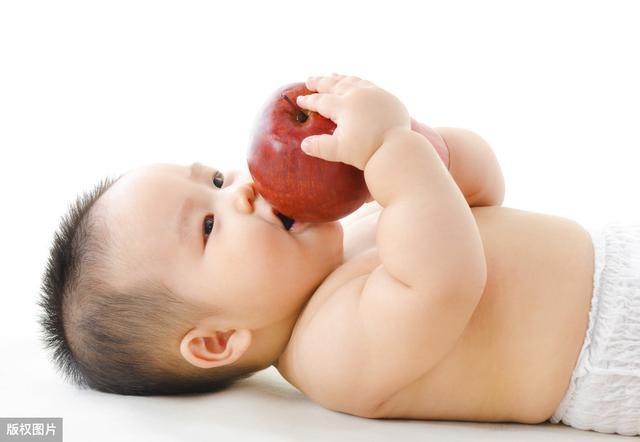 婴儿6个月是免疫力的分水岭,宝妈牢记这6点,宝宝少生病