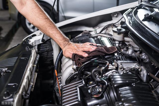 发动机减震胶垫是什么材质的?