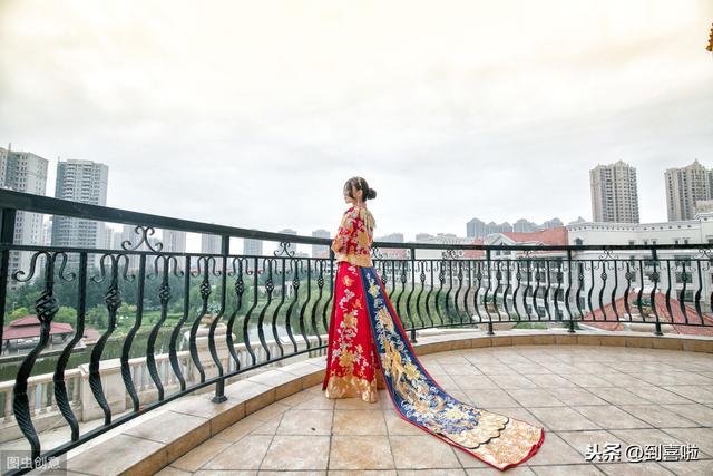 结婚中式礼服也好看!告诉你中式礼服有哪些款式