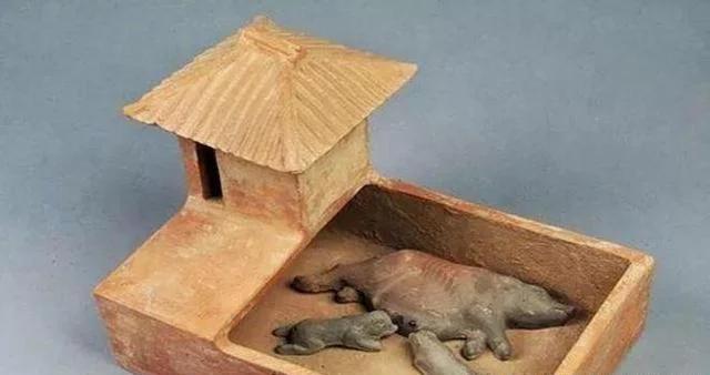 古代妃子们是如何上厕所的 先秦的最变态,明清的最为讲究!