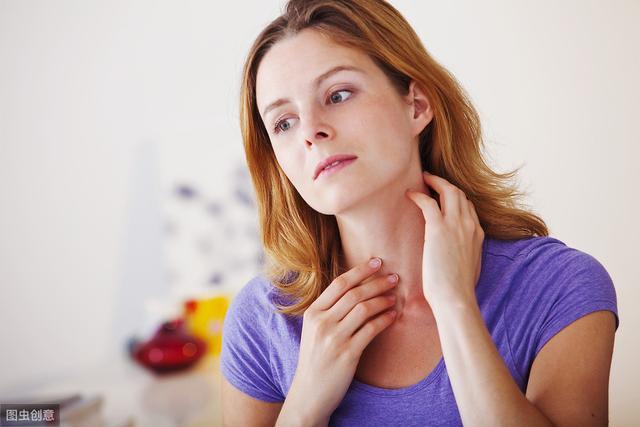 口腔扁平苔癣的早期症状原来有这些!下面由刘海云医生来... _品略