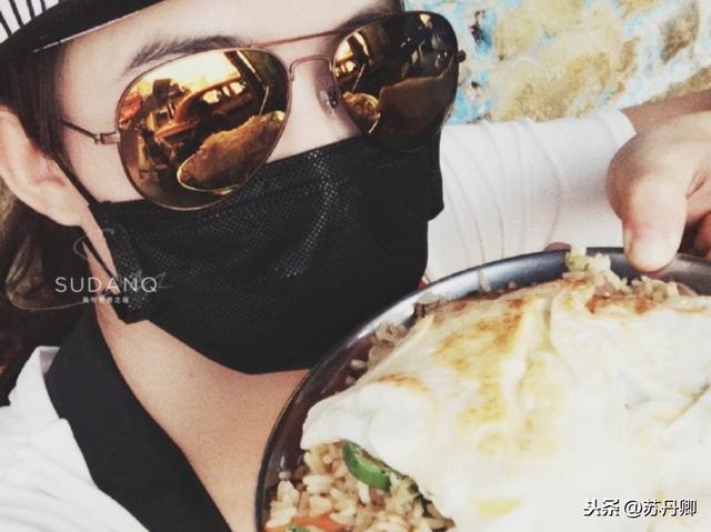 实拍印度风味:中国女孩去印度旅行,能吃下印度人煮的菜都是好汉