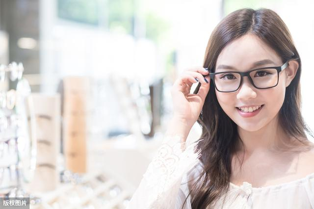 眼镜店加盟的条件