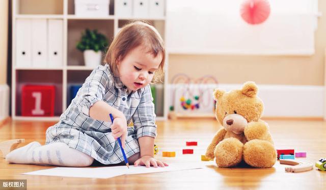 两三岁的孩子还需要打和骂?十二招哄得孩子跟着你团团转