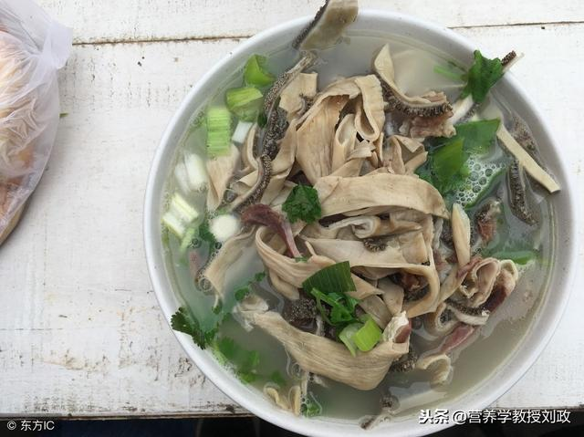 几款简单易学的冬季养生滋补汤的做法与功效,大家不妨学着做一做