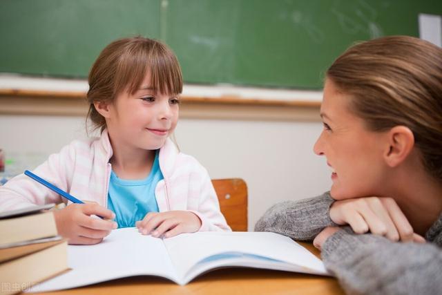 妈妈经常冷言冷语,女儿很受伤!教育专家:鼓励才能激发孩子成长