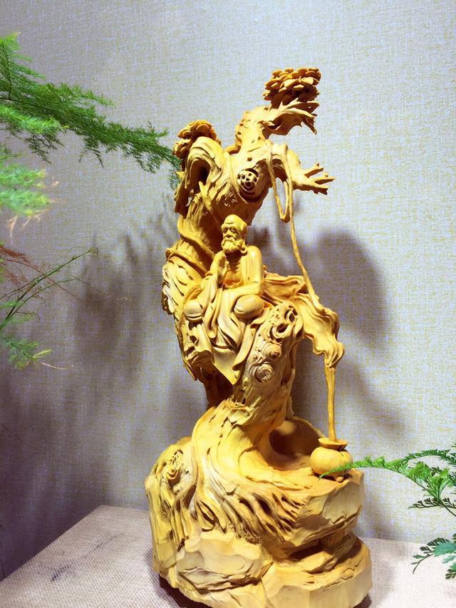 一组黄杨木雕小动物摆件 文/吕冠兰