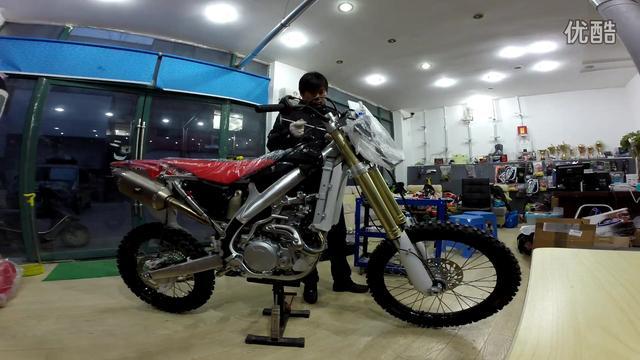 國產亞翔450越野摩托車