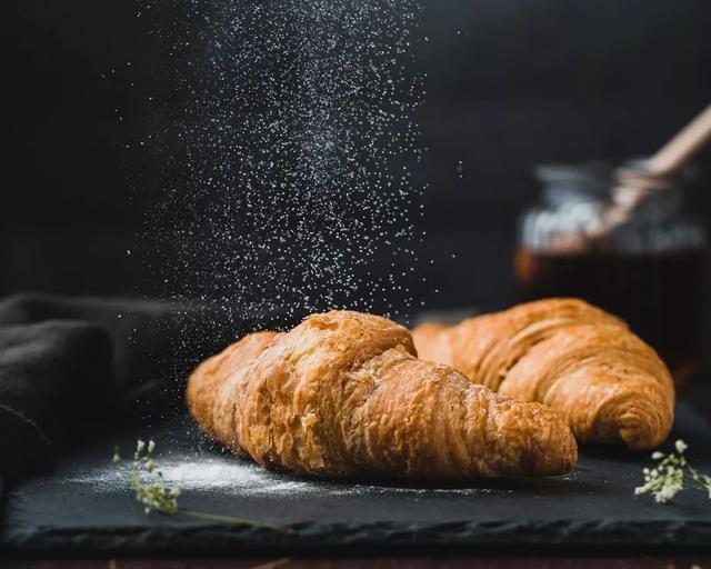 【步骤图】可颂面包的做法_可颂面包的做法步骤_烘焙_下厨房