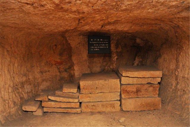 楚王为何葬在尚未完工的陵墓中呢?楚王陵为何完工如此仓促?