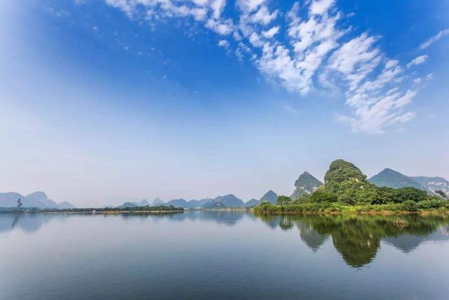 曾祥裕风水团队在柳州围绕柳江两岸考察城市风水